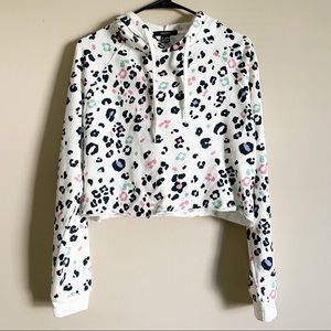 FOREVER 21 / white leopard cropped hoodie / S